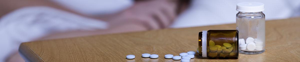 Sovepiller der ligger på et bord